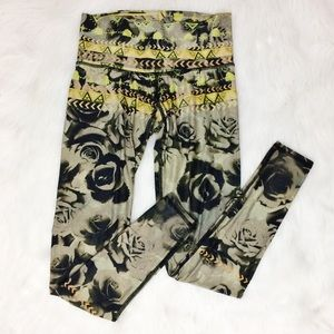 Teeki Desert Rose Floral and Geometric Leggings